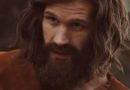 "Matt Smith interpreta o assassino Charles Manson em primeiro trailer de ""Charlie Says"""